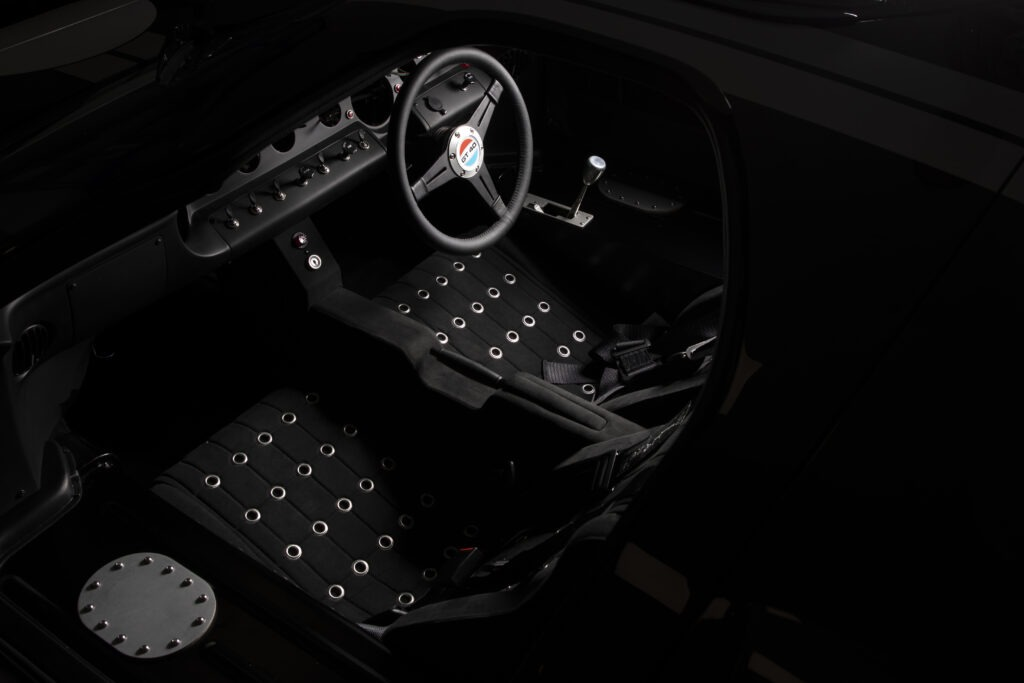 LEGENDARY GT40 GOES ELECTRIC AS EVERRATI FORMS STRATEGIC PARTNERSHIP WITH SUPERFORMANCE