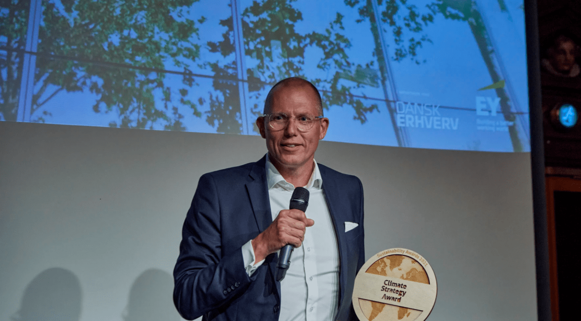 """DSV wins Climate Strategy Award: """"Frontrunner in the industry"""""""